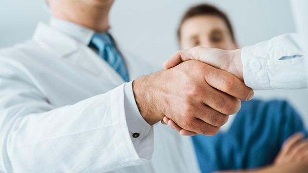 我国两款新药进入临床3期 国内新冠特效药研发处于竞速状态