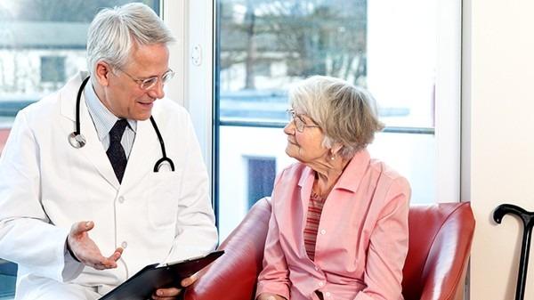 人工关节集采报出最低价 专业医生保低价与质量并重