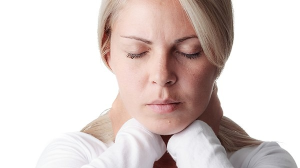 HPV感染等于宫颈癌吗 女性一定要警惕这几个尴尬症状