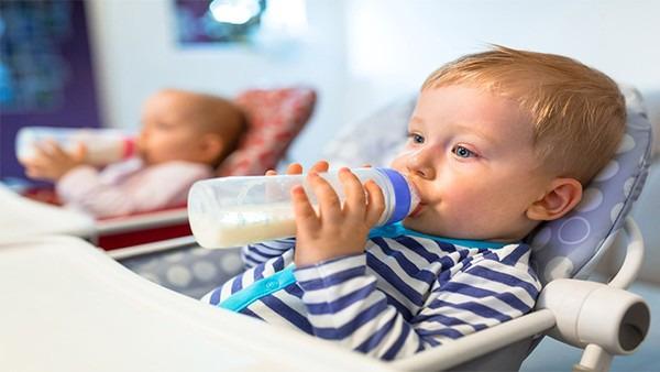 六个月的宝宝辅食吃什么图片