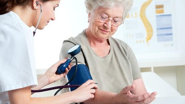 血压低是什么原因引起的
